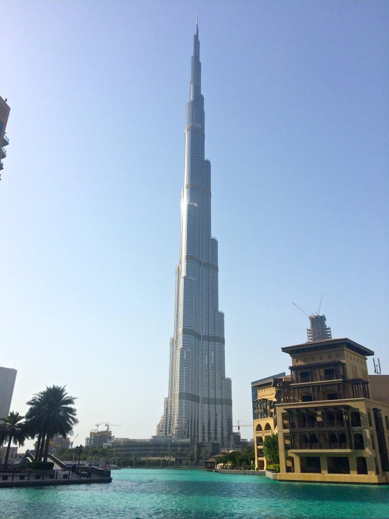 Visiting-Dubai-burj-khalifa-copyright