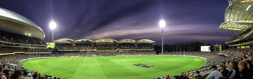 101-things-to-see-and-do-in-geelong-Simonds-Stadium-AFL-photo-by-Stephen-Beaumont