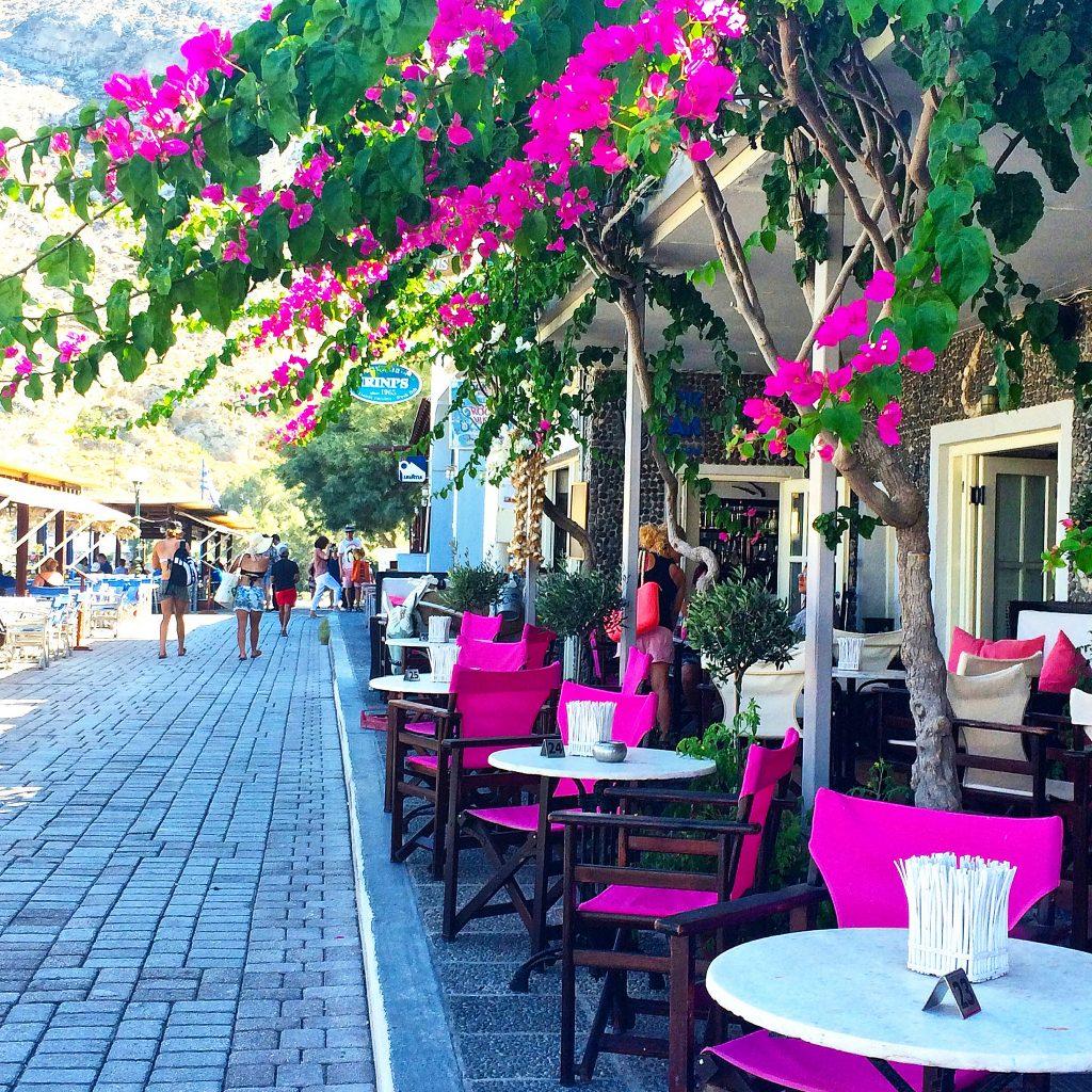 Wandering Kamari Beach Santorini Restaurant ©