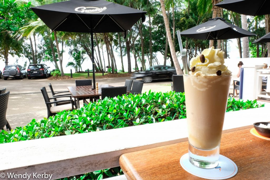 Palm+Cove+Beach+What+is+Palm+Cove+like+What+to+do+in+Palm+Cove+cafe+restaurants+coffee