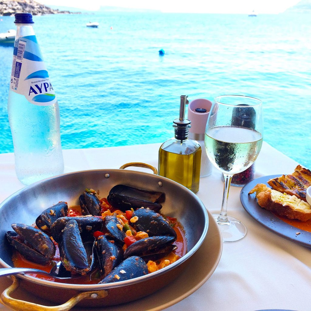 Oia+Santorini+Ammoudi+Bay+Restaurants+Seafood+Port13